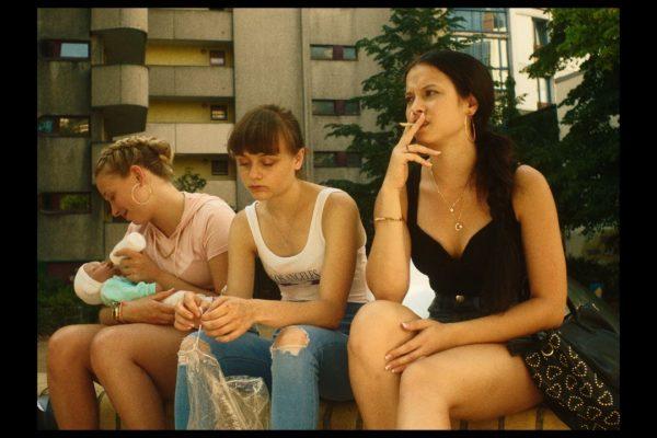 KOKON3_© Jost Hering Filme, Foto Martin Neumeyer_L Klenke, E Vildanova, L Urzendowsky